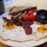 香港の上環エリアでイギリス風の朝食を食べました